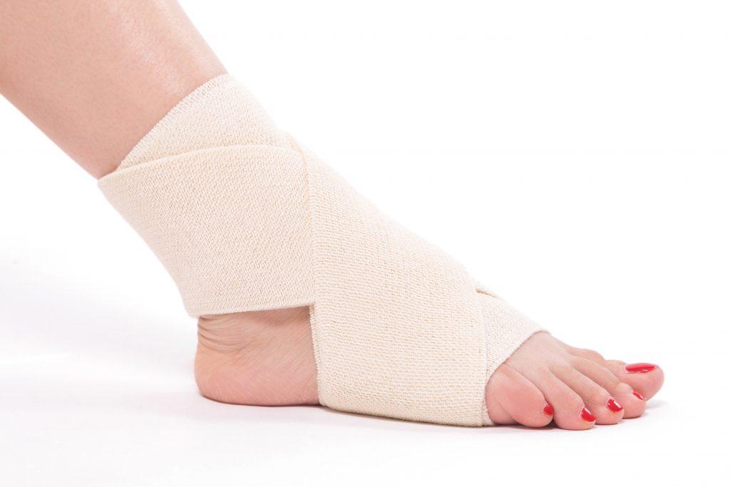 สนับข้อเท้าที่เป็นผ้ายืด ไม่มีแกน