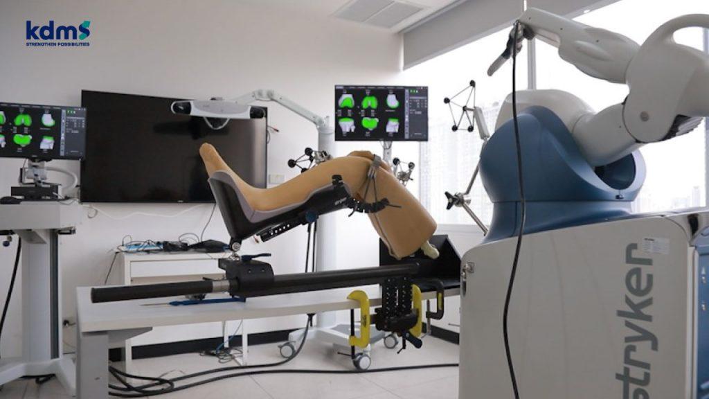 การผ่าตัดข้อเทียมด้วยหุ่นยนต์ช่วยผ่าตัด